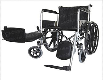 silla de ruedas con soporte para pierna